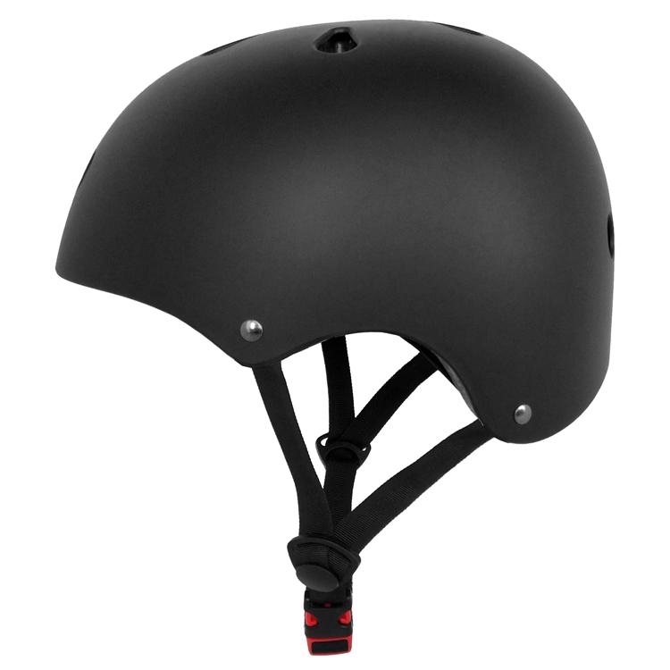 2018 Designer Adult Skate Sport Skateboard Helmets 3