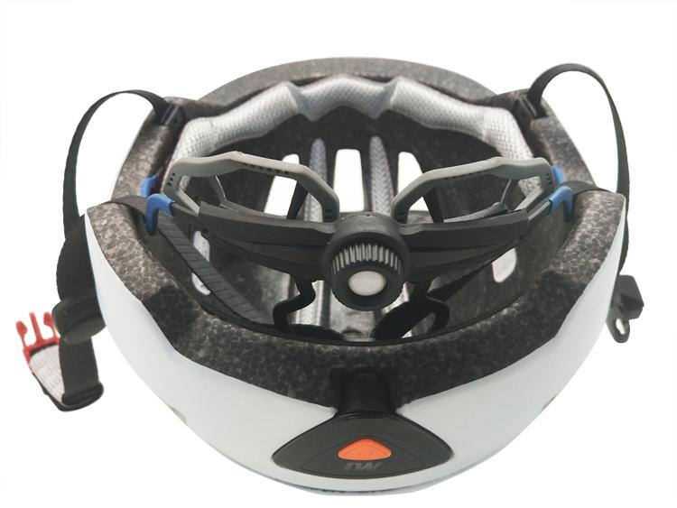 Certification Approved Smart Helmet With Led Light Strip For Biking 9