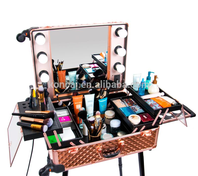 Rolling-Studio-Makeup-case-with-lights-Artist