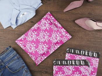 Poly-Mailer-Envelopes-Shipping-Bags-of-Pink