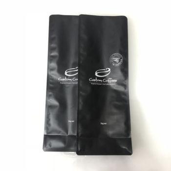 Matt-varnish-quad-seal-flat-bottom-coffee