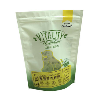 Plastic-food-packaging-bag-standing-Pet-food
