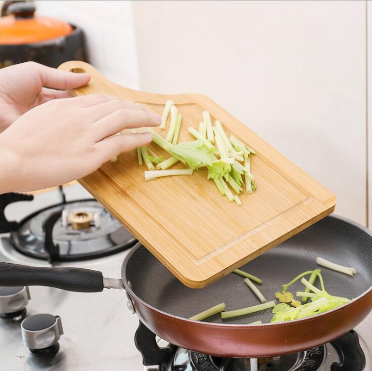 Simple bamboo carbonization cutting board