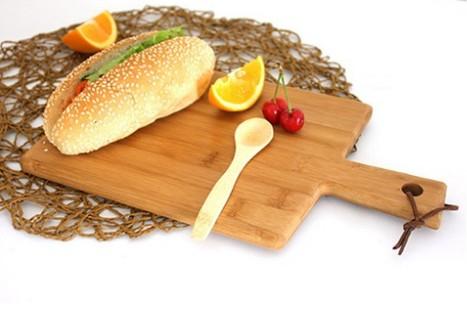 Pizza Plate Chopping Board 3.JPG
