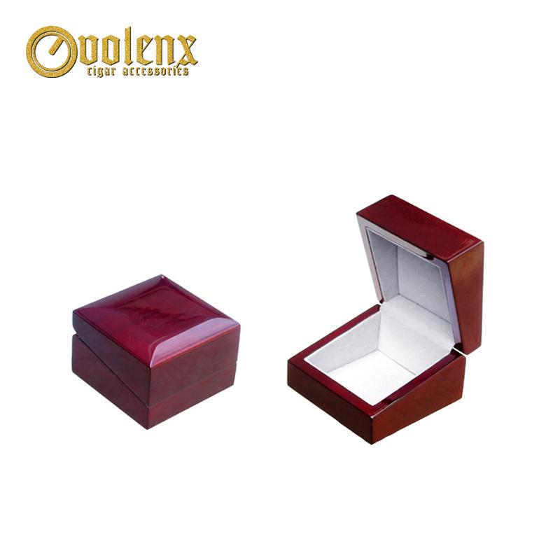 Custom-Logo-High-quality-Wooden-Small-Jewelry
