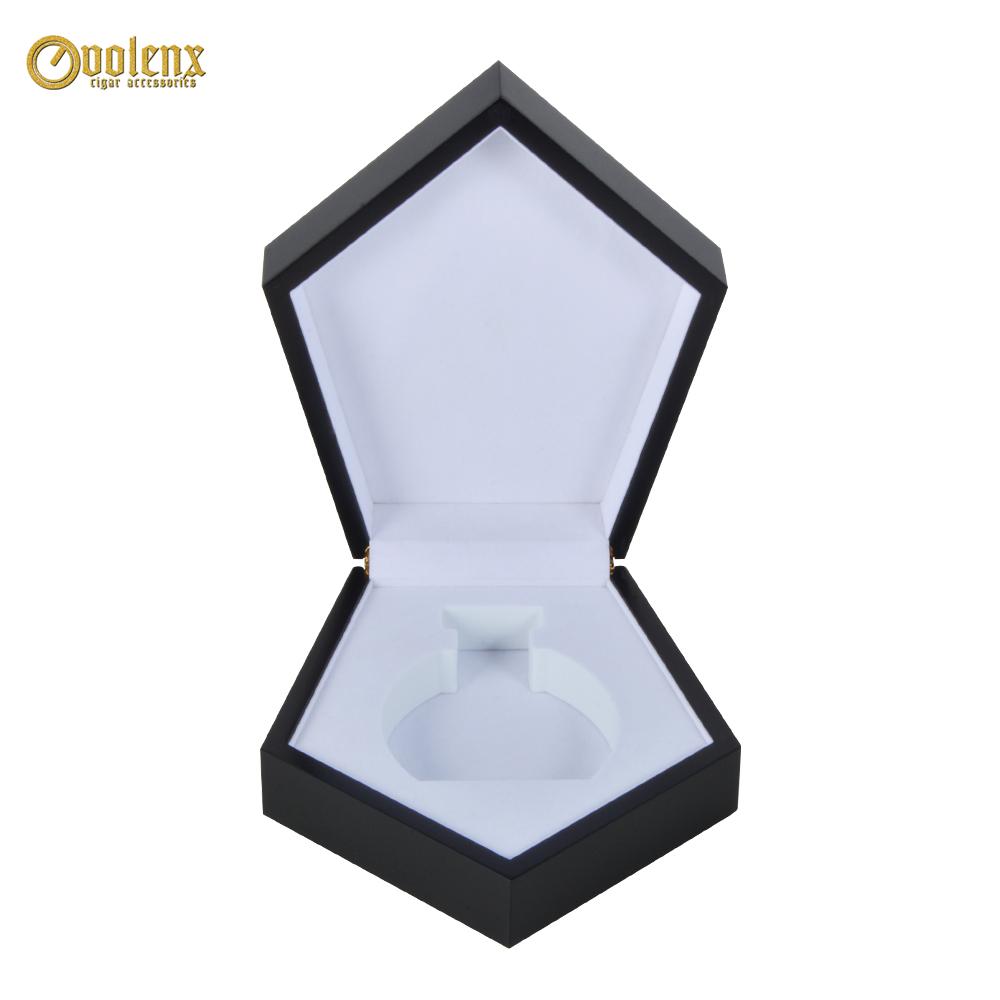 Custom Luxury Empty Black Wood Perfume Box 3