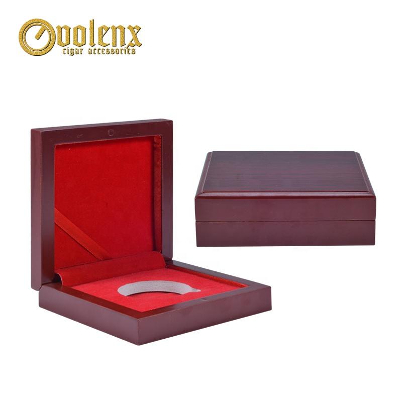 Custom Logo Display Velvet Wooden Coin Collection Box 2