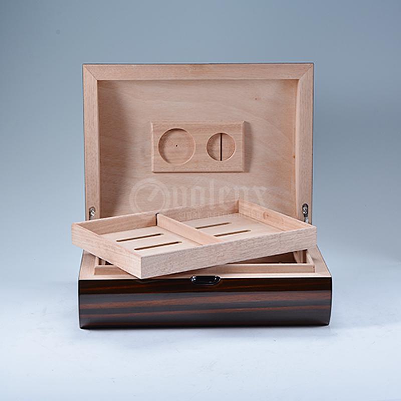 2017-High-Glossy-wholesale-wooden-cigar-humidor