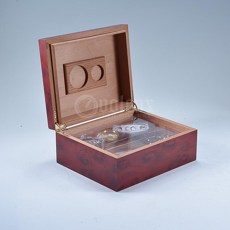 Matt finish cigar wooden cigar accessories set humidor