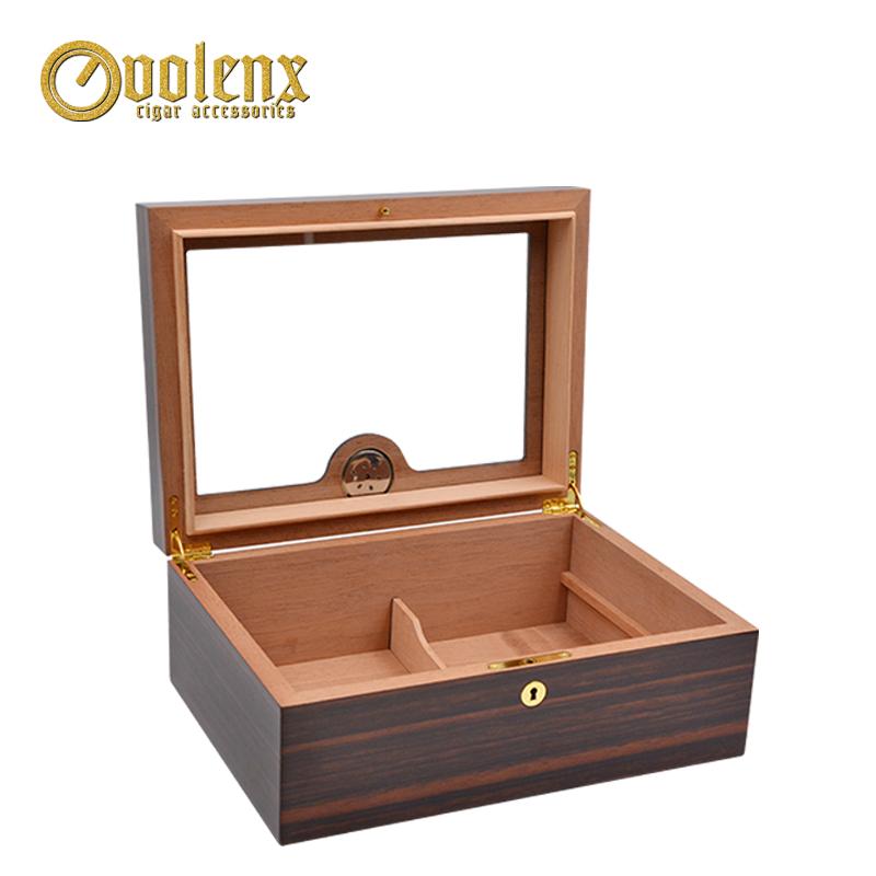 Luxury-wooden-humidor-display-glass-top-cigar