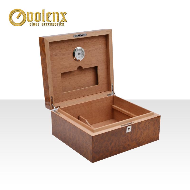 Spanish-cedar-veneer-one-wooden-tray-cigar