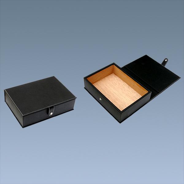 Single-Portable-Custom-Leather-Cigar-Box-Humidor