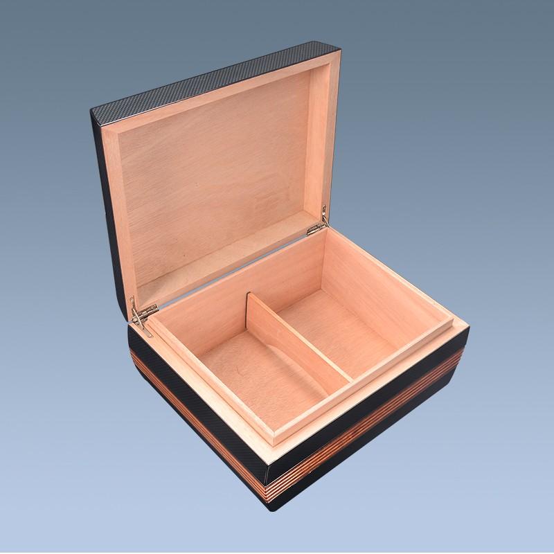 wooden cigar box WLH-0336 Details 7