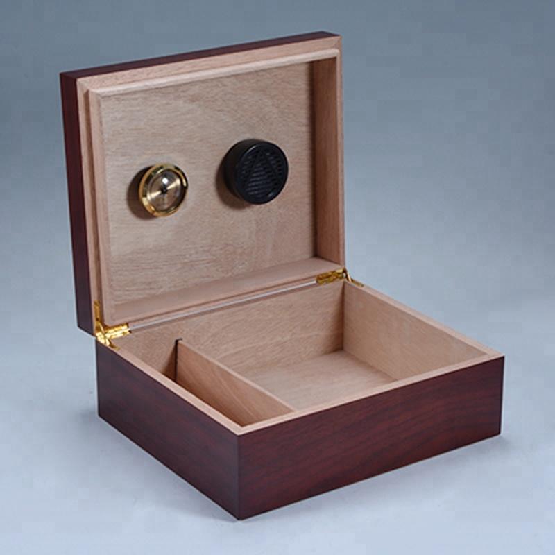 Handmade Mahogany wooden veneer cigar Box