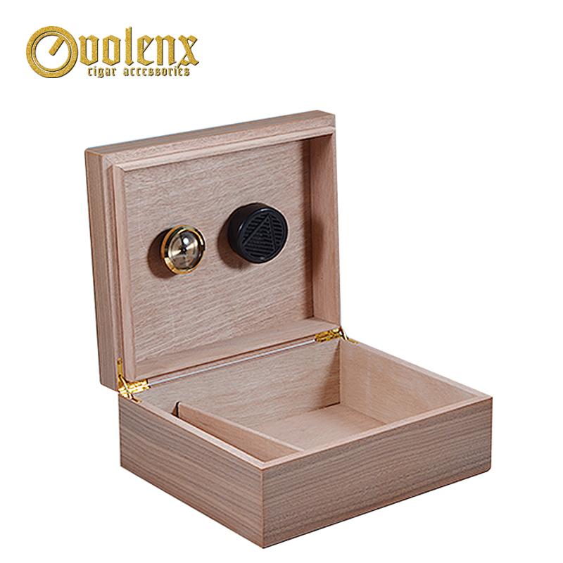 High-quality-luxury-spanish-cedar-cigar-humidor