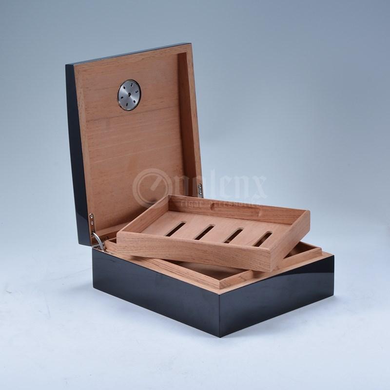 High Quality wooden Cigar humidor 3