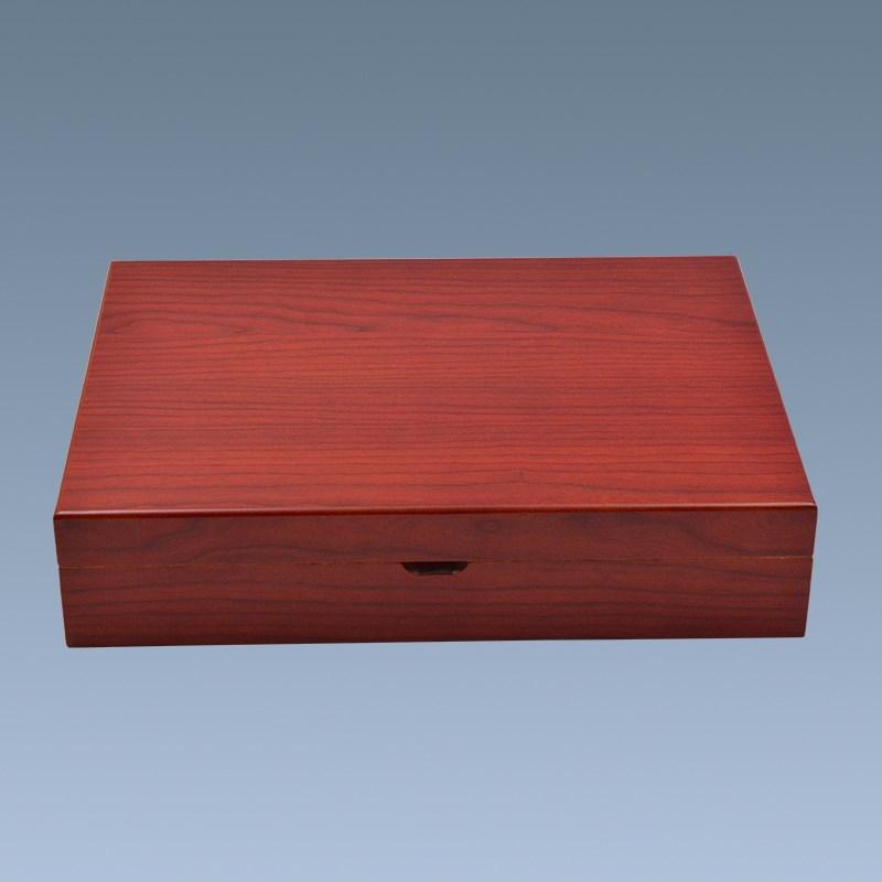 Empty Cigar Boxes 2