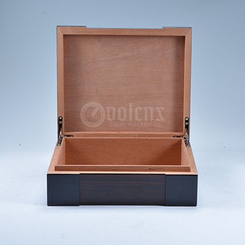 Wholesale Storage Empty Wooden Cigar Humidor Box