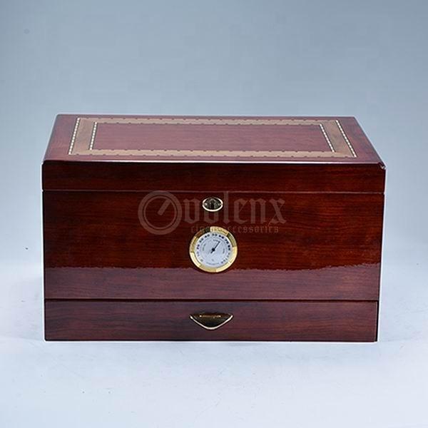 Glossy modern large storage wooden  desktop cigar humidor