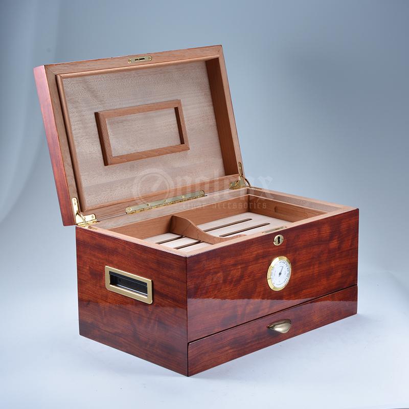 Glossy modern large storage wooden  desktop cigar humidor 3