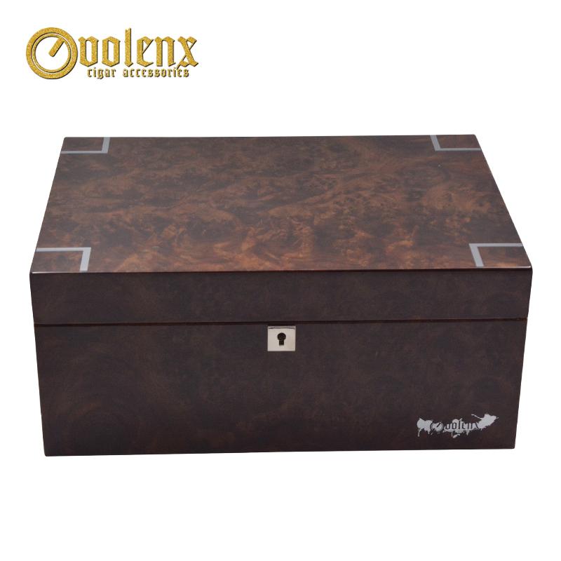 High-Glossy-humidifier-Walnut-wooden-cigar-humidor