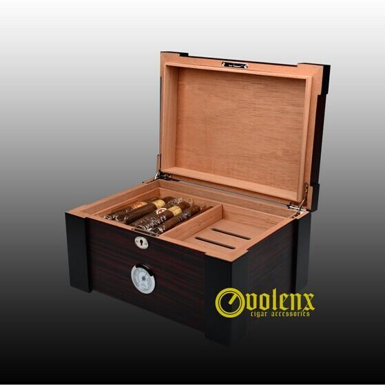 Factory Digital Electrical Wooden Cedar Display Cigar Humidor Cabinet 18