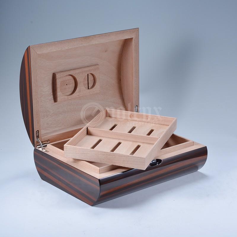 2017 cedar wood 4CT cutter set wholesale leather cigar humidor 21