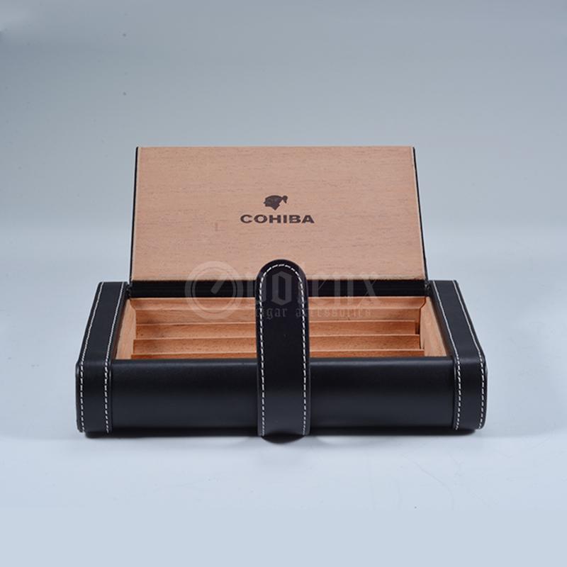 Black-cedar-humidor-wooden-cigar-case
