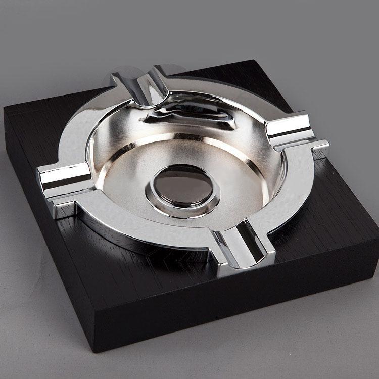 Custom black windproof table wheel wooden cigar ashtray